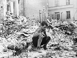 250px-Polish_kid_in_the_ruins_of_Warsaw_September_1939